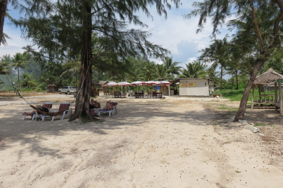 strand-phuket6-min